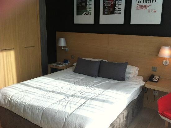 Radisson Blu Hotel, Glasgow: Big comfy bed