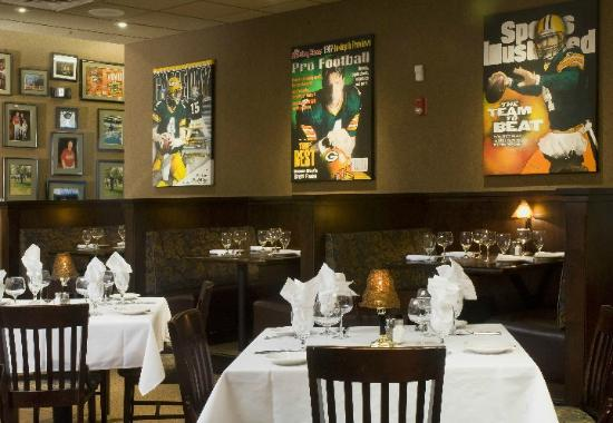 Favre Restaurant Green Bay
