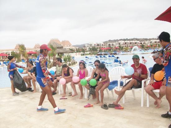 Royal Decameron Punta Sal: Participando en los juegos