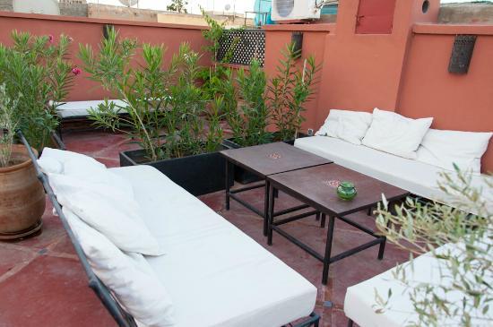 Riad Alnadine: salon terrasse