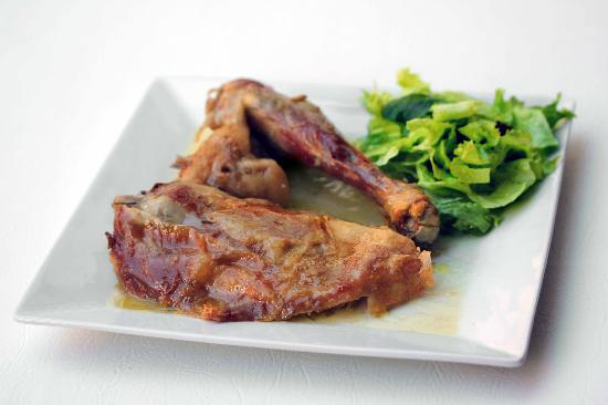 Arnedo, Espagne : Cabrito asado del Restaurante Virrey