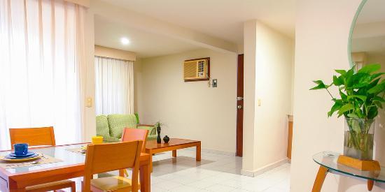 Suites Villa Italia