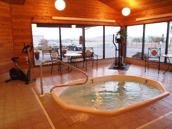 Beartooth Inn of Cody: Beartooth Inn Exercise/Hot Tub