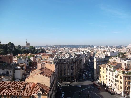 Hotel Bernini Bristol: view from the terrace hotel