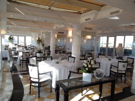 Sina Bernini Bristol: indoor terrace restaurant