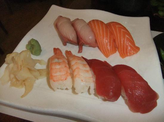 Tokoname Restaurant: Sushi Sampler