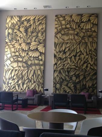 Paradisus Playa del Carmen La Perla: Royal service lounge!