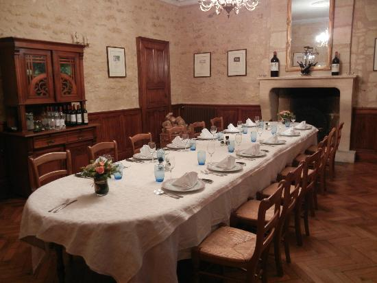 Chateau Julie: Dinning room