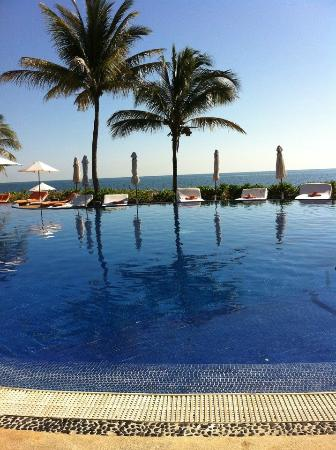 Zoetry Paraiso de La Bonita: The pool=perfection