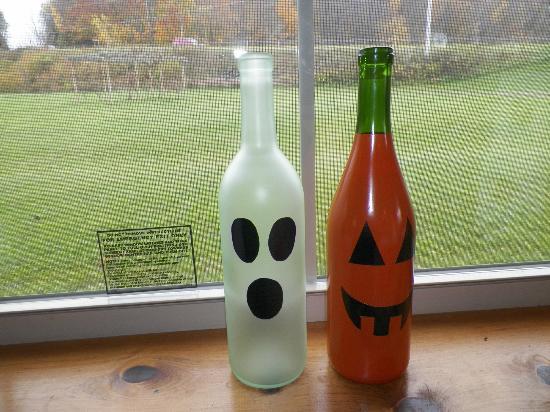 Rustic Ridge Winery: Boo!