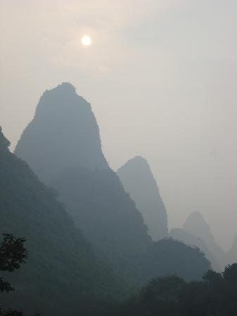 Li River Retreat: Sunrise - View from the room balcony