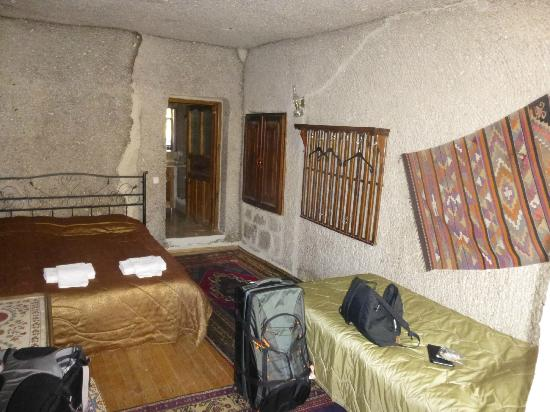 Star Cave Hotel: Our room 