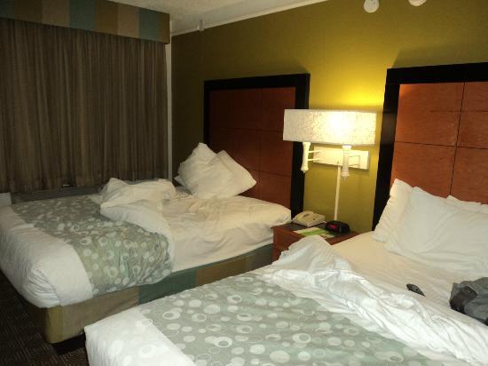 La Quinta Inn Orlando Airport West: Habitacion2