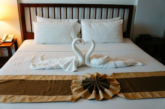 Movenpick Suriwongse Hotel Chiang Mai: My honeymoon bed