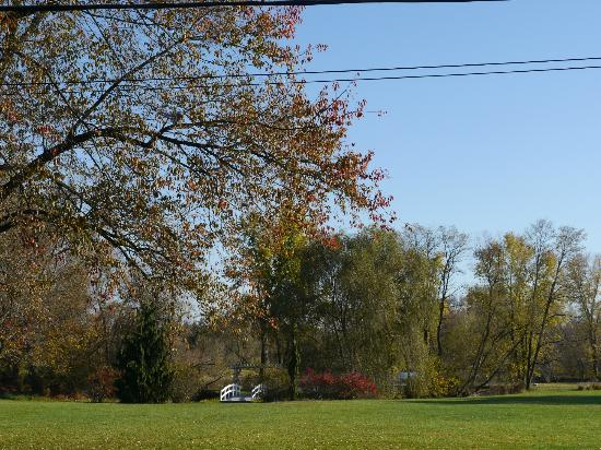 Pheasant Field Bed & Breakfast : fall in Central Pennsylvania
