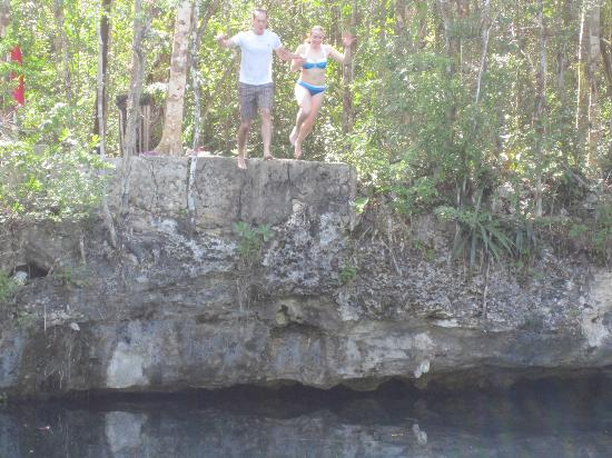 Riviera Adventours: Cliff jumping