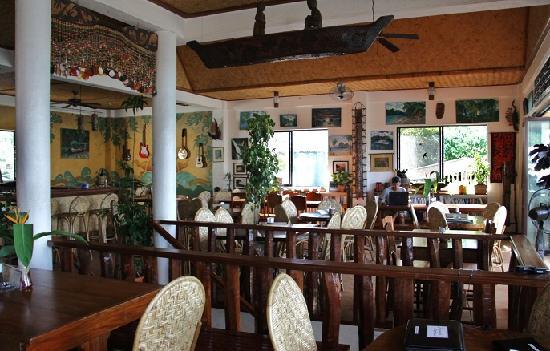 Inside Artcafe