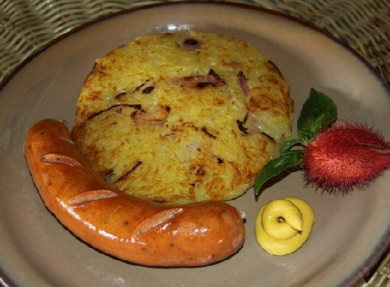 Artcafe : Hungarian Sausage with Swiss Roesti