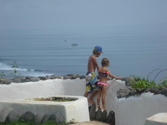 The Temple Lodge: Perfect vantage point to check the surf
