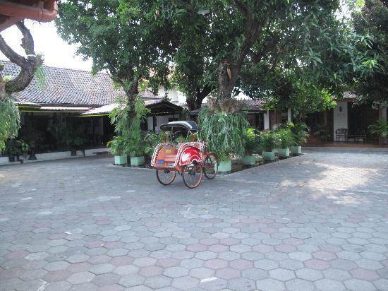 Hotel Indrakila : Becak