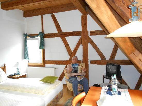 Gutshof - Hotel Waldknechtshof: very rustic