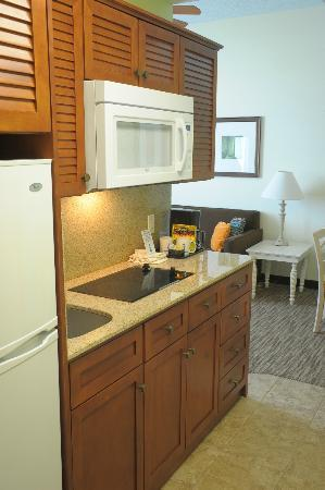 Navy Lodge Hawaii: Newly Renovated Kitchen
