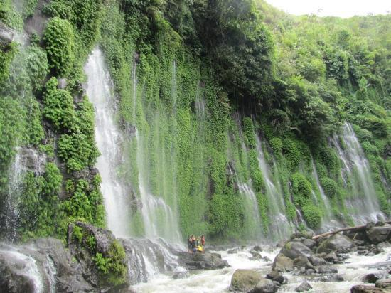 Cotabato City, Filippinerna: The Amazing Asik Asik Falls of Dulao, Dado, ALAmada, COtabato.