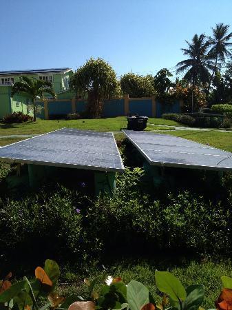 Parador Villas del Mar Hau: Placas solares