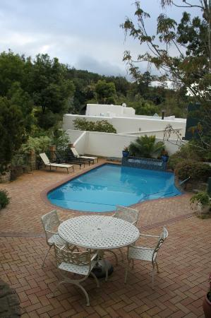 Edenwood Guest House: Pool area