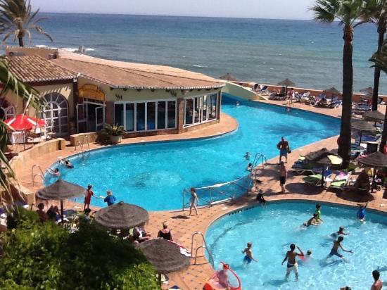The Dona Lola Club: Pool and Seaview