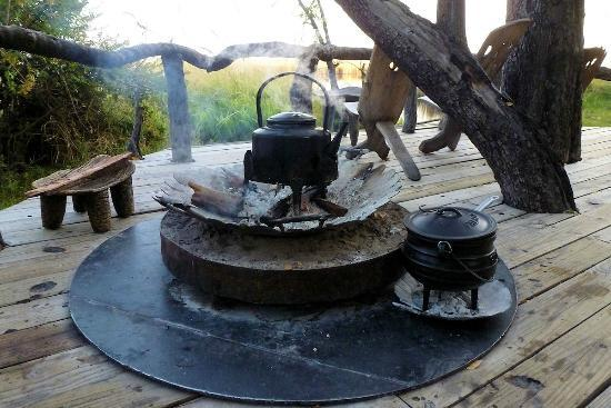 Camp Xakanaxa: Morning water and porridge kettles