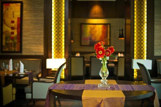 Kharkiv Palace Premier Hotel : Pacific Spoon Restaurant