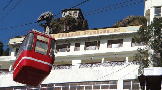 Hotel Mall Palace: Hotel and Ropeway