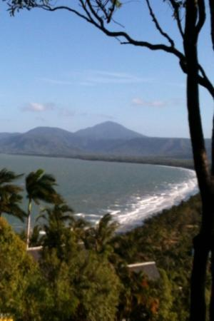 Palm Villas Port Douglas: Four Mile Beach