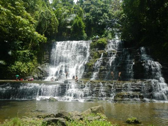 Zamboanga City, Philippinen: Merloquet Fall is located in Barangay Sibulao, some 78 kms on the eastern part of Zamboanga CIt