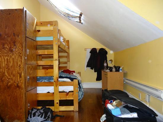 Canadiana Backpackers: Chambre dans maison 48 - 3eme étage