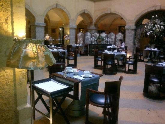 Cour des Loges: les loges breakfast