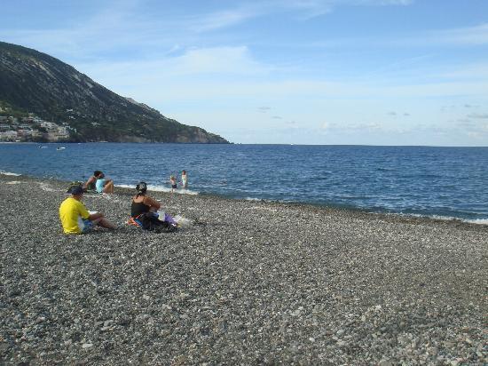 Casajanca: beach across the hotel