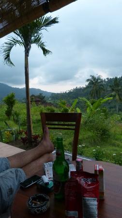 Arta Nadi Villa: Petit apéro sur la terrasse 