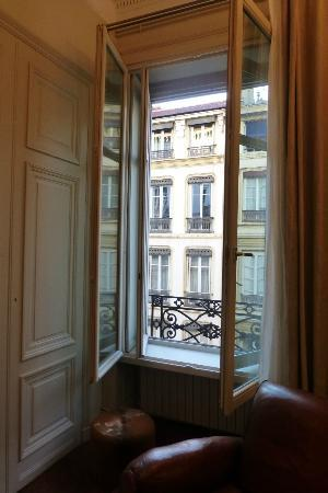 La Chambre d'Hugo : The view from our window