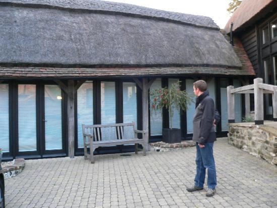 The Thatched Barn : Tatched Barn - Nice rooms in converted outbuilding