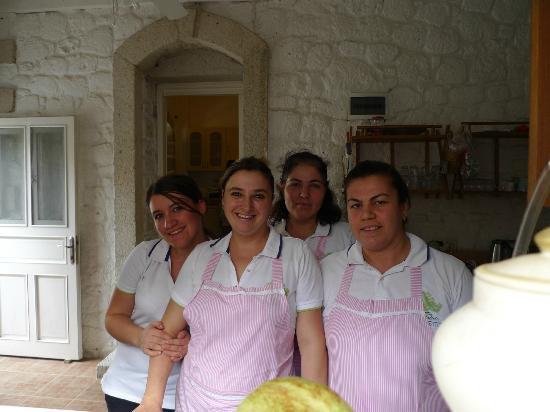 Alacati Zeytin Konak Hotel: Some of the wonderful staff at Zeytin Konak Hotel.