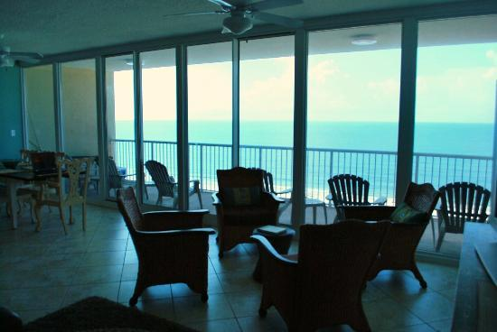 Sanibel Gulf Shores: 30-foot wide WALL OF GLASS overlooking Gulf