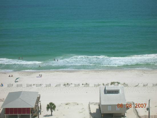 Sanibel Gulf Shores : View straight off balcony (this view from 16th floor)