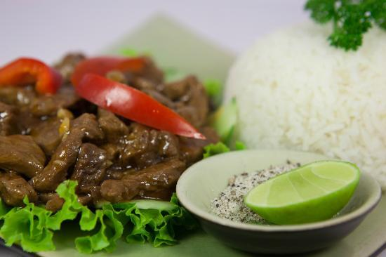 Common Grounds: Beef Lok Lak