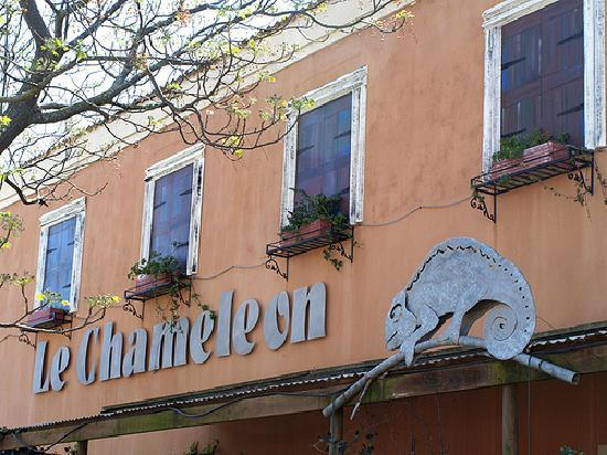 Le Chameleon Shop Front, Voortrekker Street, Humansdorp