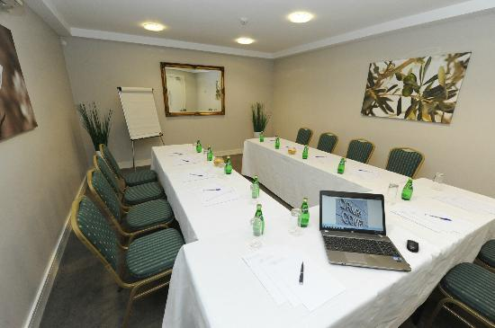 Drury Court Hotel: Conference Room
