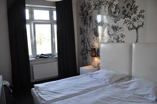 Apollon: Double-bed room