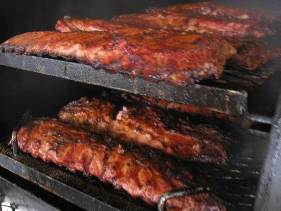 Big Papa's BBQ: Slow smoked ribs with our own recipe!