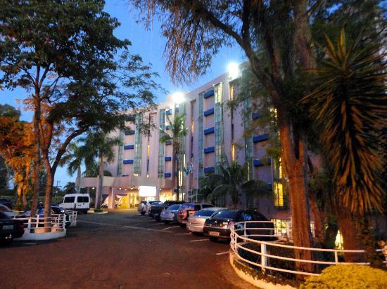Falls Galli Hotel: Fachada frontal